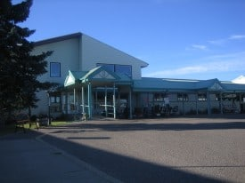 Battle River Lodge - Front Entrance